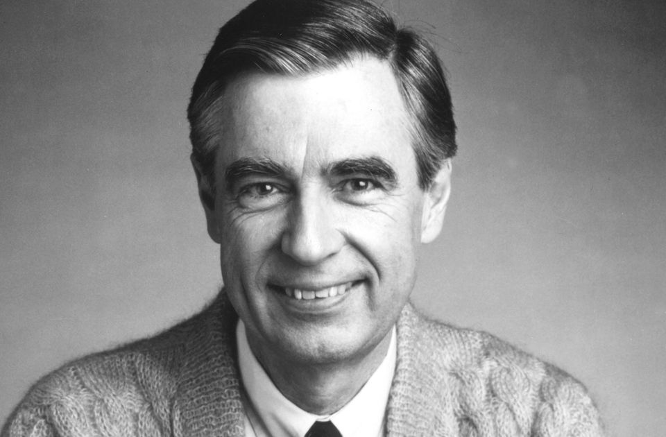 Retweeted Alvin Lindsay (@alvinlindsay21): 10 things we learned from 'Mister Rogers' Neighborhood' that we'll…